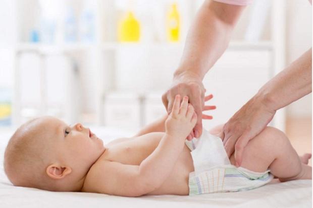 Waspada Infeksi Kulit, Yuk Simak 3 Bahan Alami Untuk Mengatasi Ruam Popok Bayi